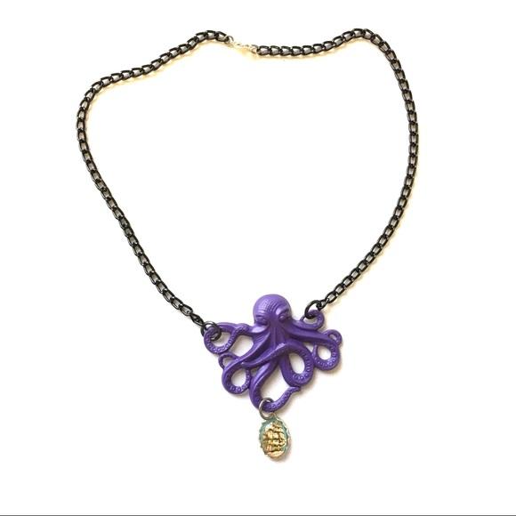 BNWT Purple Octopus/ Ship Cameo Necklace